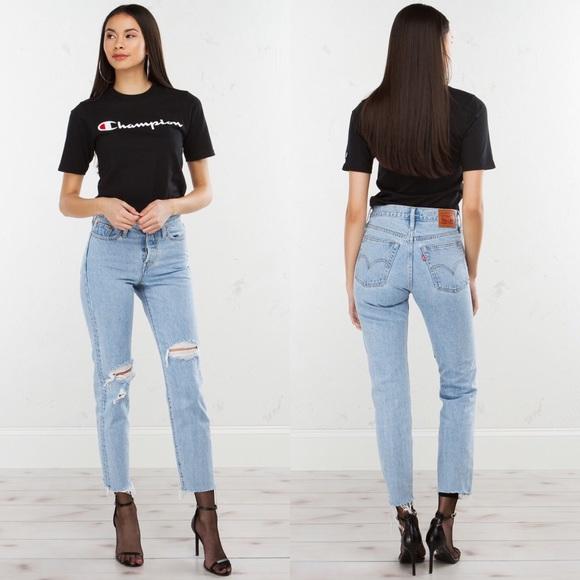 7cbe63a069f NEW Levi s Wedgie Fit Distressed Raw Hem Jeans